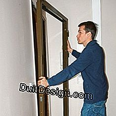 Lay the new door