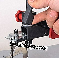 Release lever of a coping saw