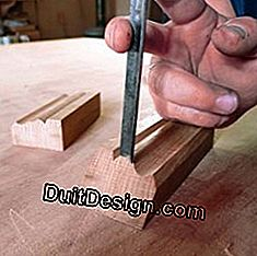 Joinery: use of a gouge