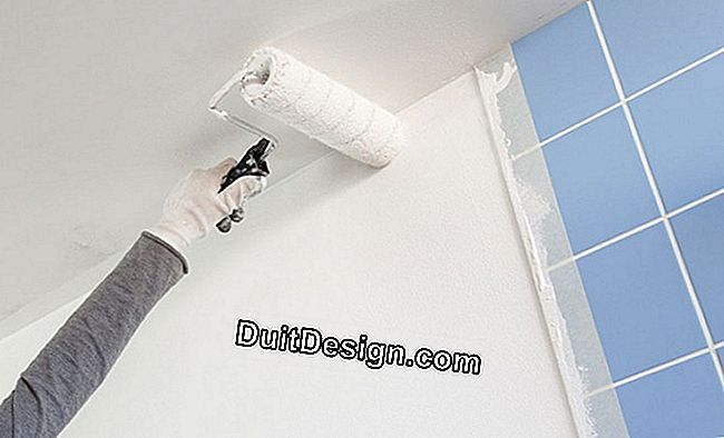 Condensation: renovating a moldy bathroom wall: wall