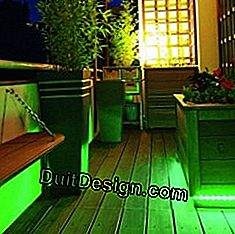 A balcony made to measure: planters