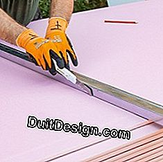 Cut the plasterboard with a cutter