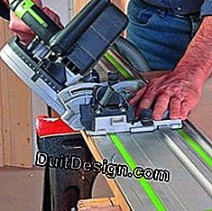 Using a Circular Saw on a Guide Rail or a Ripper for Miter Cutting