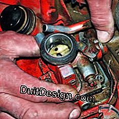 remove the carburetor