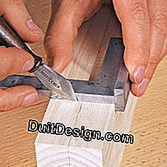 good gesture for small straight cut in carpentry