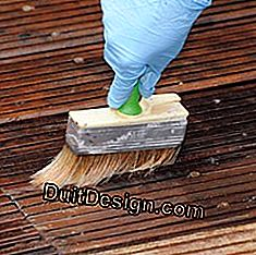 Wooden deck: maintain and protect the wood: deck