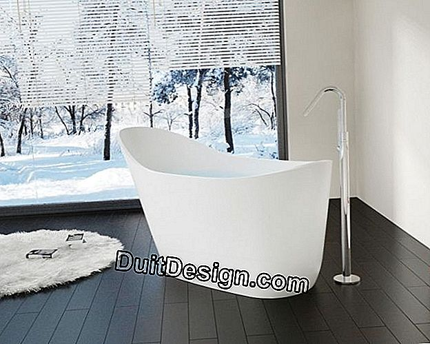 Freestanding bathtub by Badeloft