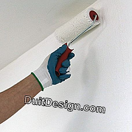 Roller glue application